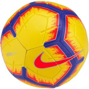 Imagini pentru mingi de fotbal